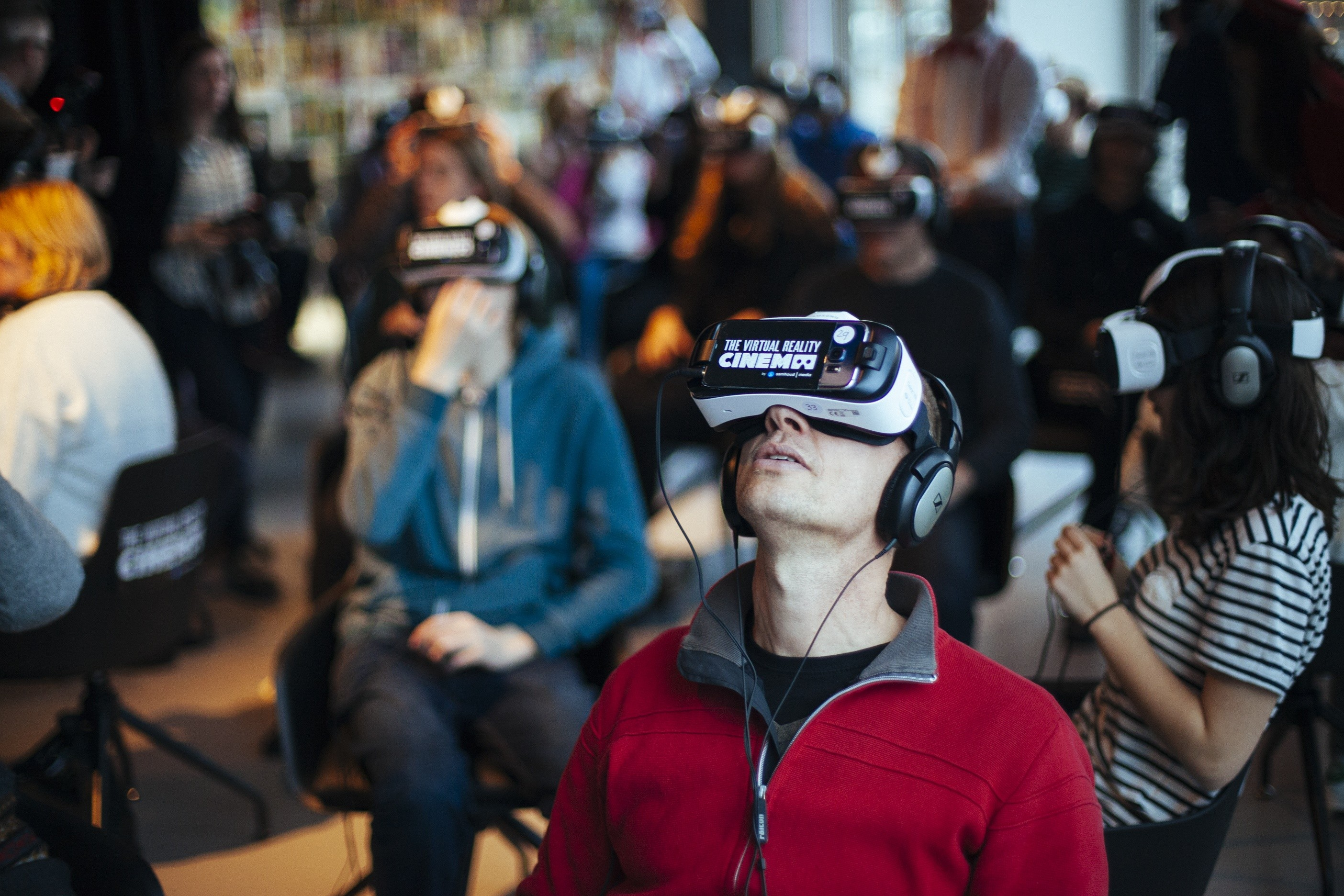 the-vr-cinema-opening-amsterdam-13-1