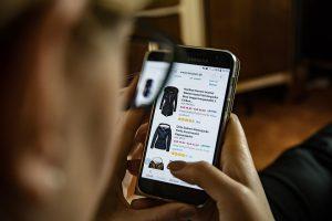 [Onderzoek] 'Gemak, openingstijden en aanbod de belangrijkste redenen online shoppen'