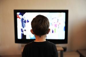 [Opvallend] 'Stijging kijken lineaire televisie; NPO een marktaandeel van ruim 35%'