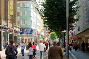 'Winkelstraten lopen leeg; verdwijnen fysieke winkels dan echt voorgoed?'