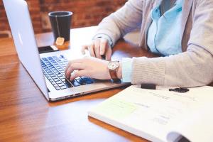 Leerstoel Business & IT: 'Besluitvormingsdilemma's in het digitale tijdperk'