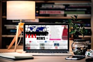 [Opvallend] 'Meerderheid Nederlanders gelooft dat vertrouwen in het geding komt door fake news'