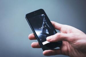 [Opvallend] Drie boardroom trends in 2020: 'Uber jezelf voordat je gekodakt wordt!'