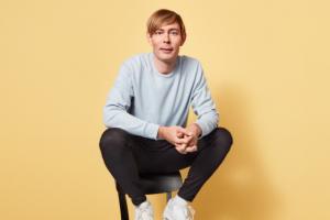 Martijn Kolkman wint met Qmusic-radioprogramma De Nachtwacht Award 2020