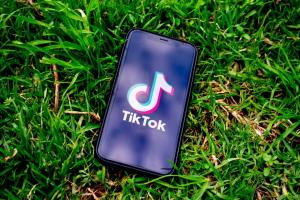 Trump verbiedt TikTok en WeChat (en tevens de reactie van TikTok)